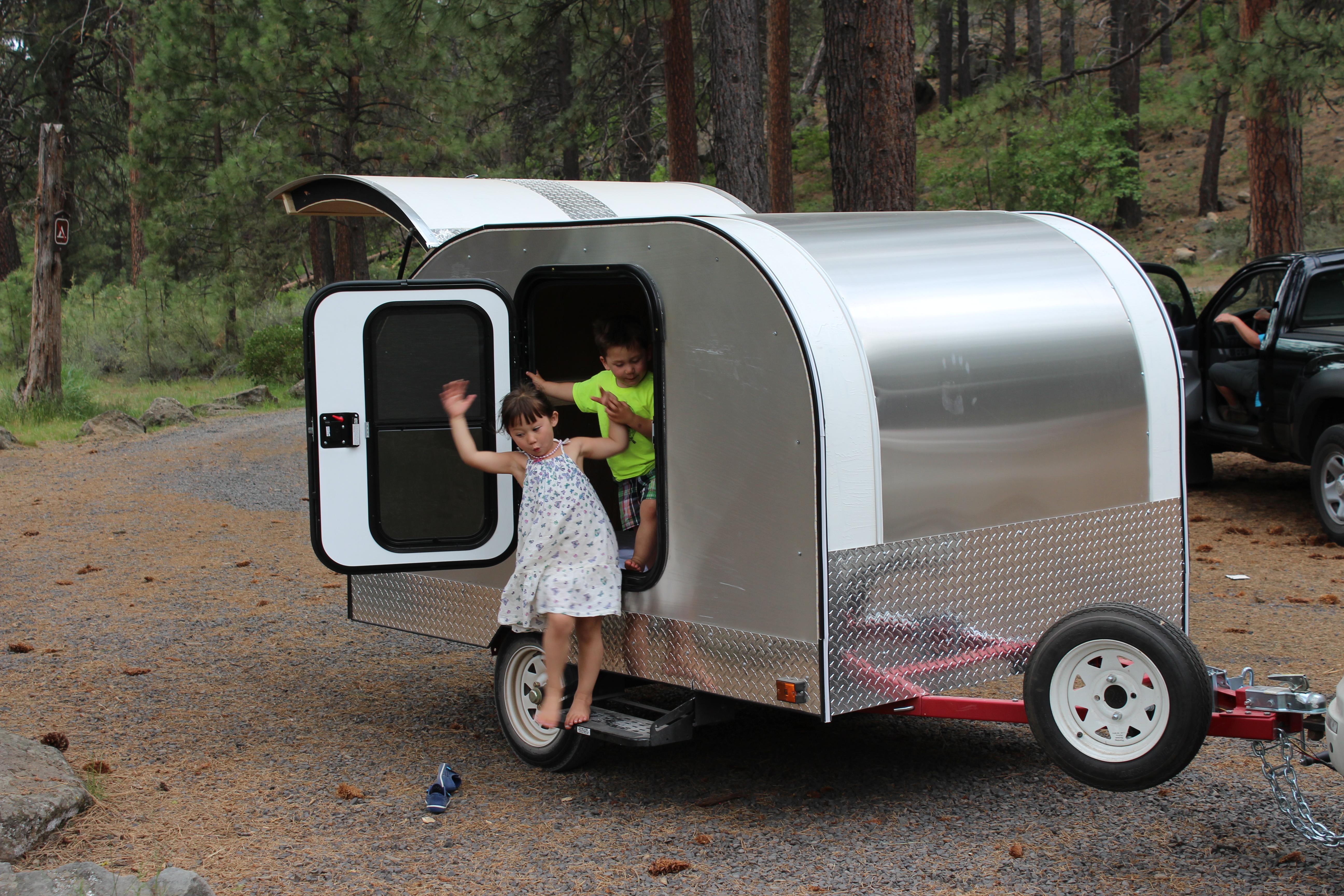 Teardrop Campers – River Surf Co